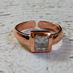 Cubic zirconia and copper ring size 6